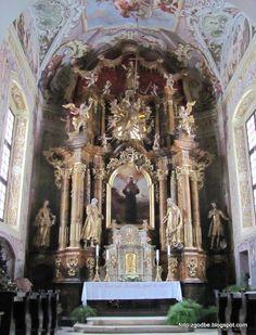 Foto zgodbe: Samostanska cerkev Marijinega vnebovzetja v Olimju...