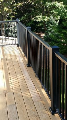 One of outdoor extensions we can build is deck. Find out the best DIY deck railing ideas you can build yourself so it should provide a lot of inspirations. Porch Railing Designs, Metal Deck Railing, Patio Railing, Balcony Railing Design, Grill Door Design, Deck Design, Back Porch Makeover, Exterior Handrail, Staircase Outdoor