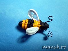 quilled bee #quilled insect#bee