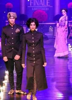Curtains came down on the Lakme Fashion Week Winter-Festive 2013 season with Sabyasachi Mukherjee's magnificent show.
