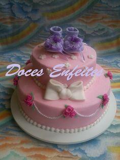 Bolo para Cha de Bebe (rosa, pink e lilas) Encomendas:(21) 2652-6583 veja mais em www.docesenfeites.blogspot.com