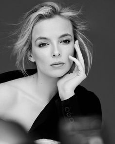 The beautiful faces of all famous women. Jodie Comer, Secret Crush, Close Up Portraits, Celebrity Portraits, New Face, Famous Women, Fashion Shoot, Fashion Pictures, Girl Power