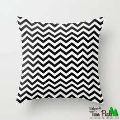 Keep Calm And Dream On - Twin Peaks Black Lodge Pillows