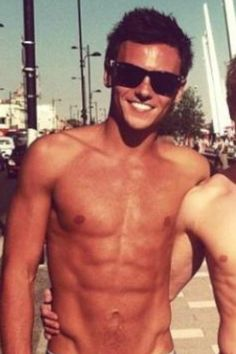 TOM DALEY<3