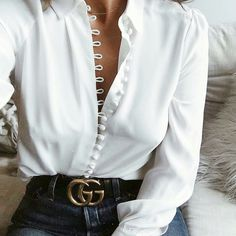 White blouse and denim jeans .. Gucci black leather belt to accessorise .. perfect outfit!