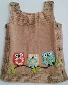 Our owl gilet dress is here again for the age of years is increased .- Baykuşlu jile elbisemiz yine karşınızda resimdeki içindir yaş artt… Our owl gilet dress is here for the age in the picture increases with age increases in price to - Baby Knitting Patterns, Knitting Blogs, Knitting For Kids, Knitting Designs, Baby Patterns, Crochet Baby, Knit Crochet, Knitted Baby, Crochet Dresses
