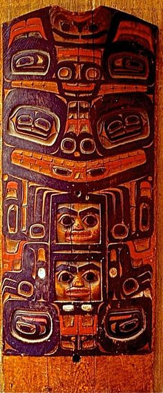 I will try to publish one each of four especially superb old houseposts from the village of Klukwan, Alaska for the next three days. This is the first and I publish them one at a time because they especially deserve individual focus. All were designed by the same artist and probably carved by him and an apprentice or two. They were collected by a most interesting Tlingit man, Louis Shotridge. via Barry Herem FB