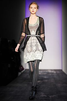 Philosophy di Lorenzo Serafini Fall 2008 Ready-to-Wear - Collection - Gallery - Style.com