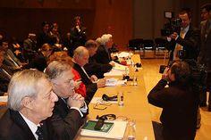 2° día de fase oral - 04.12.12: Perú endurece alegatos y niega soberanía chilena sobre altamar. #LaHaya #Peru #Chile