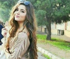 haa thik hai safina koi nai i understand lakin plz sab hona ka badd muhje message kar na tu World Most Beautiful Woman, Beautiful Girl Image, Cute Girl Pic, Stylish Girl Pic, Nice Girl, Beautiful Celebrities, Beautiful Actresses, Girl Pictures, Girl Photos