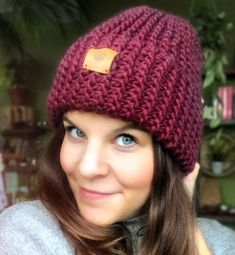 Freue mich, euch diesen Artikel aus meinem Shop bei #etsy vorzustellen: Handgestrickte Beanie Mütze aus Wolle in bordeaux Bordeaux, Headpiece, Knitted Hats, Sewing, Knitting, Handmade, Etsy, Fashion, Turban Headbands