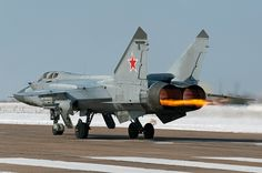 "MiG-31 ""Foxhound"" full afterburner takeoff; fastest operational combat aircraft (max. operational speed: Mach 2.83-2.84; highest achieved speed: Mach 3-3.1"