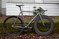 Dope set-up. I want that front rim!! Colossi!!