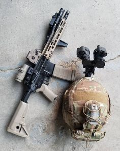 All the good stuff - © - Weapons Lover Weapons Guns, Military Weapons, Tactical Knives, Tactical Gear, Ar 15 Builds, Battle Rifle, Submachine Gun, Home Defense, Assault Rifle
