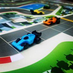 Spannendes Rennen in #Downforce zu fünft. Cooles schnelles Spiel mit Ärgerfaktor. #rennspiel #wettspiel #brettspiel #brettspiele #fb Toys, Car, Race Games, Adventure, Activity Toys, Automobile, Cars, Games, Toy