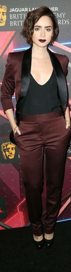 Lily Collins Mais