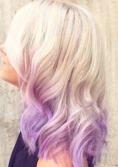 Lavender ombre hair is a really fun way to get a creative style without a lot of daily maintenance. Whether you choose to go tame with wash-out hair chalk or make the jump into a permanent color, purple hair brings personality and pizazz to any head Dip Dye Hair, Dyed Blonde Hair, Platinum Blonde Hair, Wavy Hair, Brown Ombre Hair, Purple Ombre, Ombre Hair Color, Blonde Hair With Purple Highlights, Pastel Highlights