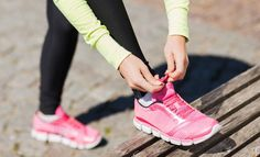 How Running A Marathon Impacts Your Body - Women's Running Running Tips, Running Women, Running Shoes, Bow Sneakers, Air Max Sneakers, Become A Runner, Running Magazine, Running Injuries, Calf Muscles