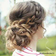 A messy curly updo perfect for prom, a wedding or special occasion . Learn how to create this pretty updo by clicking the  YouTube Linkin my bio ! ( YouTube channel: Braidsandstyles12) ~~~~~~~~~~~~~~~~~~~~~~~~~ #DIY #messyupdo #curlyupdo #updo #upstyle #hairup #braidedupdo #selfie #summer #hudabeauty #instagram #curls #ireland #tutorial #fashion #makeup #blogger #frenchbraid #prom