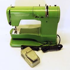 ELNA Supermatic Vintage Sewing Machine Swiss Made Green #Elna