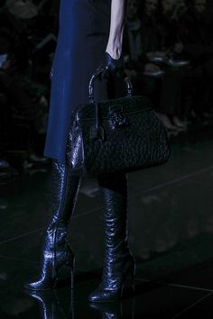 Gucci AUTUMN/WINTER 2013-14 READY-TO-WEAR CLOSE UP