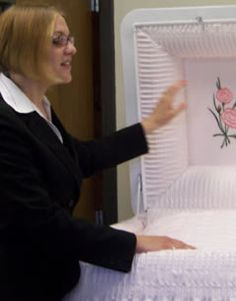 Mortician Humor  Horror Humor    Humor Funeral And