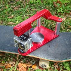 New Maplevx for GoPro.  #maplecamera #maplevx #100%maple #skateboardhandle  www.maplecamera.com