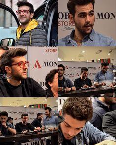 """Repost theilvoloversmx  @ignazioboschetto @barone_piero @gianginoble11  Il Volo: Firmacopie dell'album """"L'amore si muove"""" e del libro """"Un'avventura straordinaria"""" alla Mondadori di Piazza Duomo a Milano - 02.11.2015 By © Fabiana Photography PS: Se prendete le foto, siete gentilmente invitati a LASCIARE LA FIRMA e TAGGARE la mia PAGINA.. GRAZIE!  #ilvolo #ilvolovers #love #lamoresimuove #music #italy #ignazioboschetto #picoftheday #pierobarone #gianlucaginoble"""