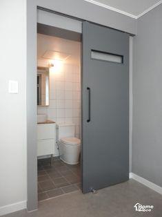 이케아 욕실리모델링-홈데코 인테리어안녕하세요 홈데코 인테리어입니다 오늘은 이케아 욕실용품으로 시공... Japan Interior, Cafe Interior, Interior Exterior, Home Interior Design, Interior Styling, Sliding Barn Door Lock, Wooden Sliding Doors, Sliding Door Design, Bedroom Door Design