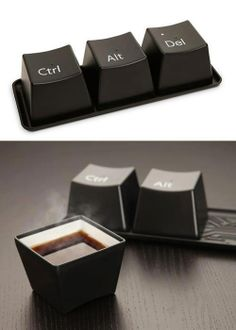 keyboard coffe mug :O i want ctrl!!!
