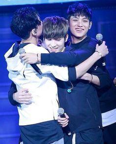 Group Hug! ❤  #seventeen