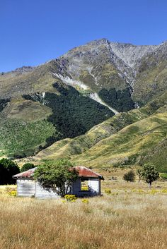 Old house, Makarora, Otago. New Zealand.   Flickr - Photo Sharing!