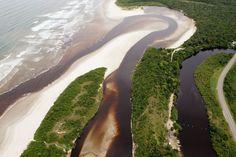 Praia de Itaguaré, Bertioga / SP / Brazil