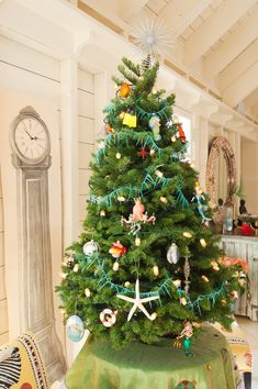 b7ad591d1c0 An Eclectic Coastal Home Decked out for Christmas