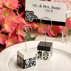 Add a dramatic touch of elegance to your event tables with these black and white vintage inspired damask design place card holder wedding favors. Looking for an elegant way to display your seating assignments