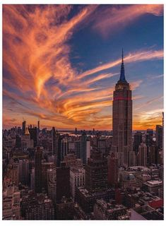 Bruce Gett New York Sunset Canvas Art - x 21 Top Travel Cities Empire State Building, New York Sunset, City Sunset, City Sky, Places To Travel, Places To Visit, Photo Polaroid, Sunset Canvas, City Aesthetic