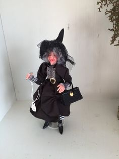Friendly witch by Smallsortsdolls on Etsy