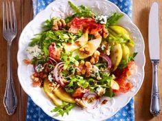 Unser beliebtes Rezept für Herbstsalat mit Birnen, Walnüssen & Bacon und mehr als 55.000 weitere kostenlose Rezepte auf LECKER.de.