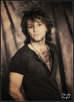 OH! MY! EFFING GOD!!!!!!!!!! I want to run my hand through that chest hair!