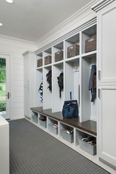 Long mudroom feature