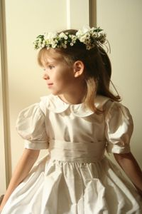 Floral Headpiece for First Communion Flower Girl Halo, Floral Headpiece, First Communion, Tutu, Hair Bows, Headbands, Special Occasion, Floral Wreath, Flower Girl Dresses