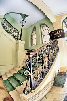 Manufacture Prelle, 5 place des victoires, Paris I Stairs And Doors, Take The Stairs, Banisters, Railings, Home Furnishing Stores, Stair Steps, Paris Ville, Stairway To Heaven, Spiral Staircase