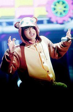 Kai is a little bear Exo Kai, Chanyeol, Kyungsoo, Kaisoo, Exo Ot12, Kris Wu, Rapper, Kim Jong Dae, Hottest Guy Ever