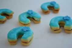 modré podkovičky