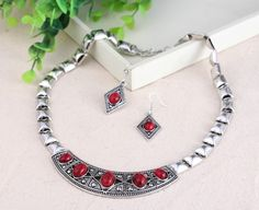 Chic Jewelry Sets with Oval Imitate Turquoise Women Ladies Earring Hook Chain Necklace