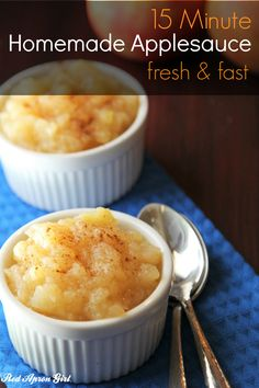 15 Minute Homemade Applesauce, this is a great side dish or after school snack. It is the best applesauce you will eat