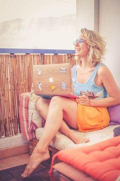 working Mac Lucia Del Pasqua travel blogger
