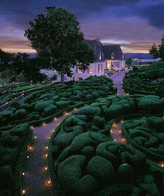 Whimsical Garden Design Inspiration. - Dujour
