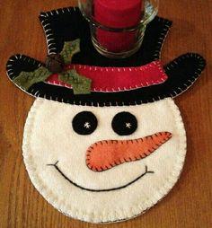 Christmas snowman tree ornaments felt snowman home by feltgofen Felt Snowman, Snowman Crafts, Christmas Projects, Felt Crafts, Holiday Crafts, Snowmen, Felt Projects, Snowman Wreath, Felt Christmas Decorations