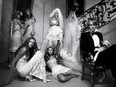 La mariée dans Vogue Paris Photographie prise par Patrick Demarchelier pour la série Oui! du numéro d'avril 2006 de Vogue Paris